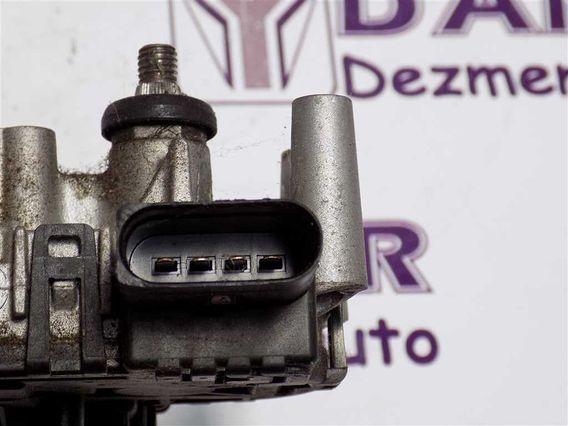 MOTOR STERGATOR FATA Audi A4 2005 - Poza 3
