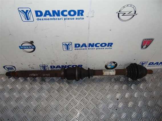 PLANETARA DREAPTA FATA  Volvo V50 diesel 2008 - Poza 1