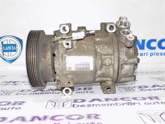 COMPRESOR  AC Dacia Duster diesel 2010 - Poza 1