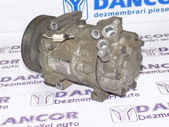 COMPRESOR  AC Dacia Duster diesel 2010 - Poza 4