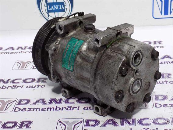 COMPRESOR  AC Renault Laguna-I diesel 2000 - Poza 5
