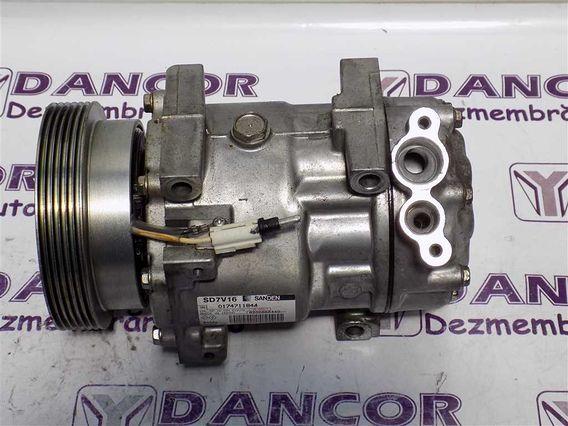 COMPRESOR  AC Dacia Duster benzina 2011 - Poza 2