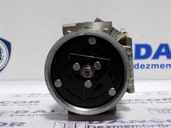 COMPRESOR  AC Dacia Duster benzina 2011 - Poza 3
