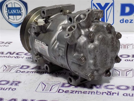 COMPRESOR  AC Dacia Duster benzina 2011 - Poza 4