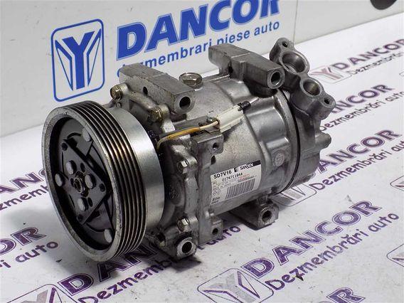 COMPRESOR  AC Dacia Duster benzina 2011 - Poza 5