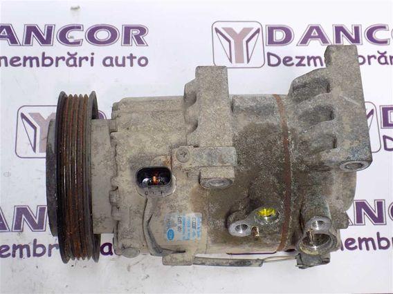 COMPRESOR  AC Hyundai i30 diesel 2014 - Poza 3