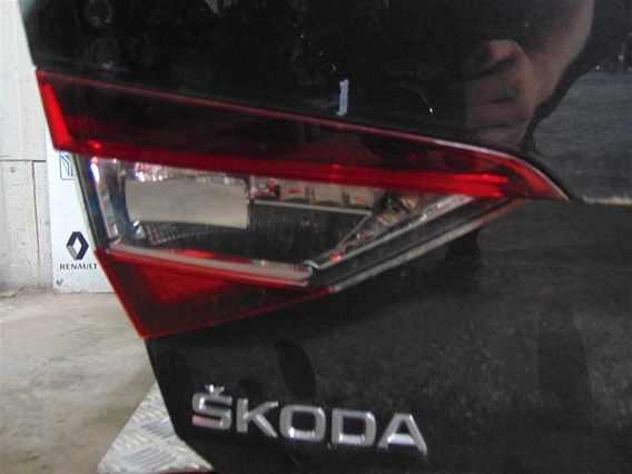 LAMPA HAION STANGA Skoda Superb diesel 2016 - Poza 1