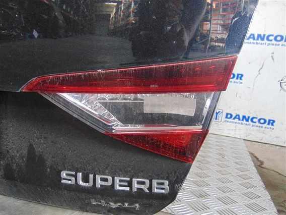 LAMPA HAION DREAPTA Skoda Superb diesel 2016 - Poza 1