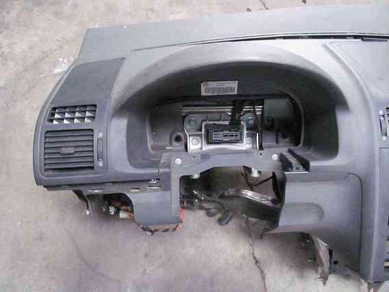 PLANSA BORD Volkswagen Touran 2006 - Poza 3