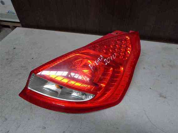 LAMPA DREAPTA SPATE Ford Fiesta VI 2010 - Poza 1