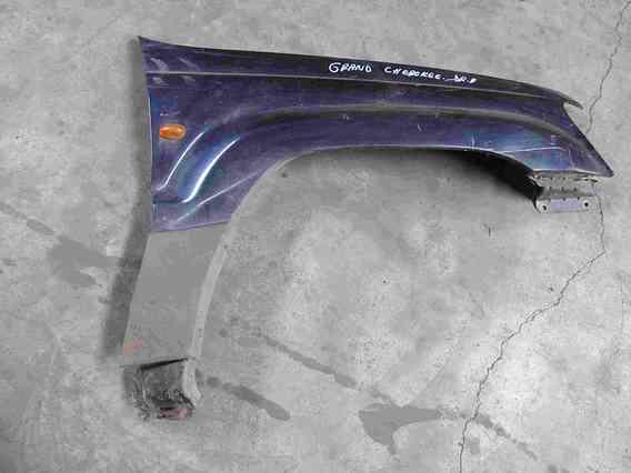 ARIPA FATA DREAPTA Jeep GrandCherokee 2004 - Poza 1